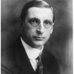 This image of Eamon de Valera in 1922 is from the National Photo Company collection at the Library of Congress.